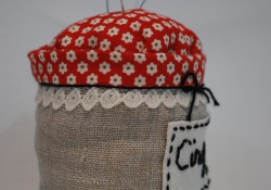 Selfish Sewing Week ~ My Hand-Stitched Jam Pincushion