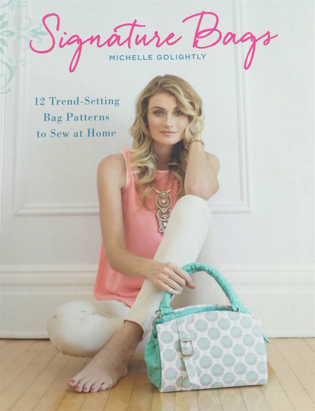 Signature Bags ~  New Book Review!